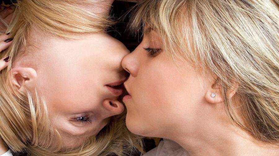 Při dospívání jí dala nejvíce zabrat Zuzana, která dlouho bojovala se.