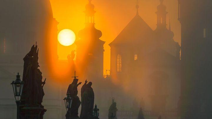 Tajemná Praha. Pokud ji chcete vidět v plné kráse, musíte si přivstat, říká fotograf Richard Horák