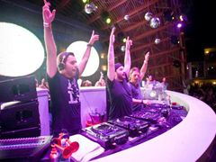 Swedish House Mafia, Ushuaia, Ibiza