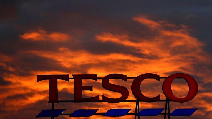 Tesco pokračuje v rozprodávání obchodních center v Česku. Zbaví se i centrály v Edenu