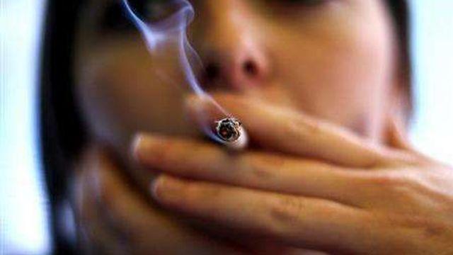 los angeles kouření žena s velkými penisy