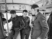 Vojna jako z Nohavicovy písničky. Unikátní fotky z dob studené války ležely 35 let v archivu