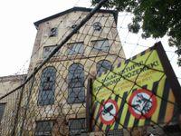 Foto: Zchátralý Zlíchovský lihovar ožije, slibuje investor. Místo ruin vzniknou byty