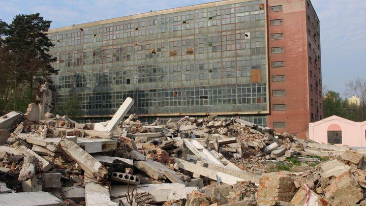 Továrna Jawa ožívá. Podívejte se na proměny areálu v Týnci