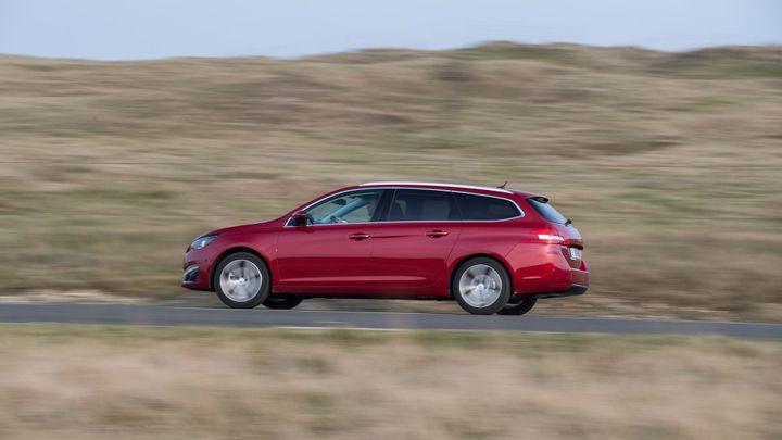 Peugeot 308 SW: Kombi s kufrem přes 600 litrů v obrazech