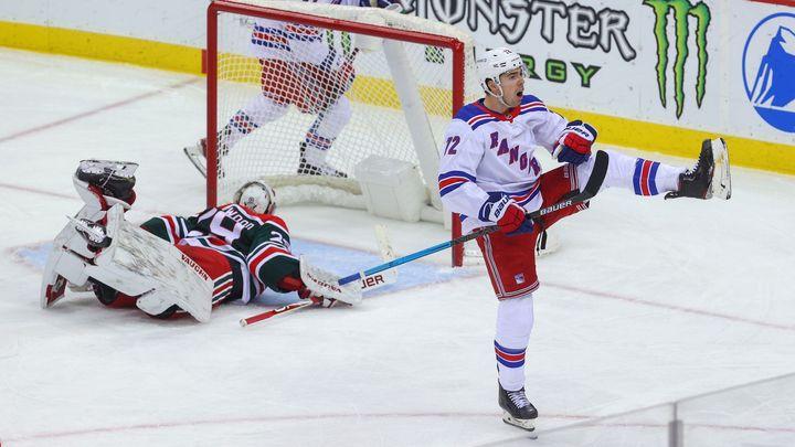 Česká noc v přípravě na NHL. Chytil se blýskl hattrick, Palát zapsal tři asistence; Zdroj foto: Reuters
