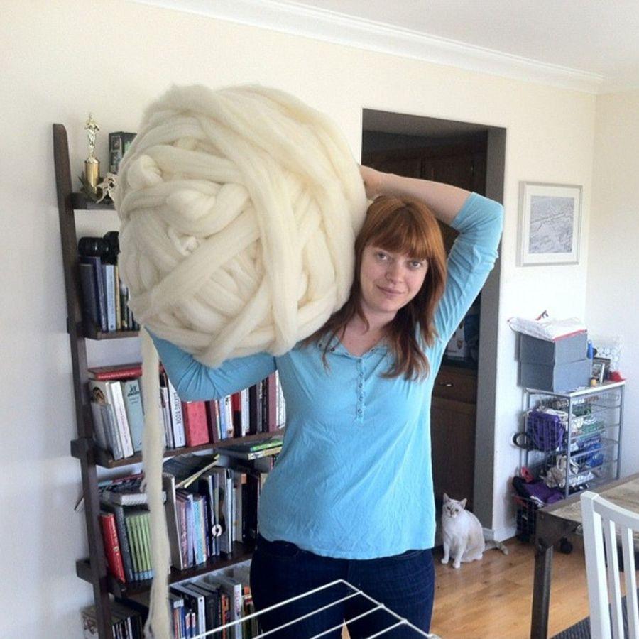 Вязание руками без спиц и крючка плед фото
