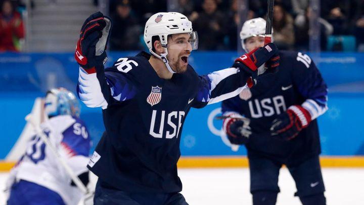 Na české hokejisty číhá ve čtvrtfinále tým USA. Američané jasně přehráli Slovensko 5:1
