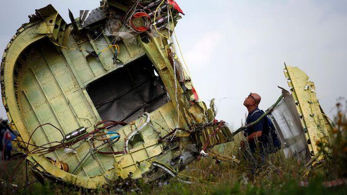 Ukrajiny (tzv. Zřízení Osmanského vojenského letectva se datuje od června 1909 do červe Ukrajina - Doněck - MH17.