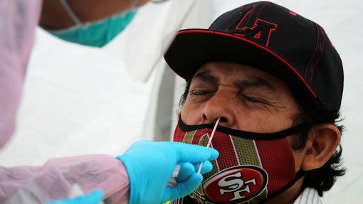 Testování na koronavirus v Los Angeles