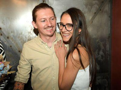 Eva Burešová, známá ze seriálu Slunečná, promluvila se svým partnerem Přemkem Forejtem, porotcem z MasterChefa, o společném bydlení.