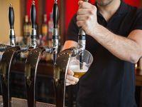 Kvůli pití alkoholu přijde stát ročně o 59 miliard, spočetli znalci a radí zvýšit daň