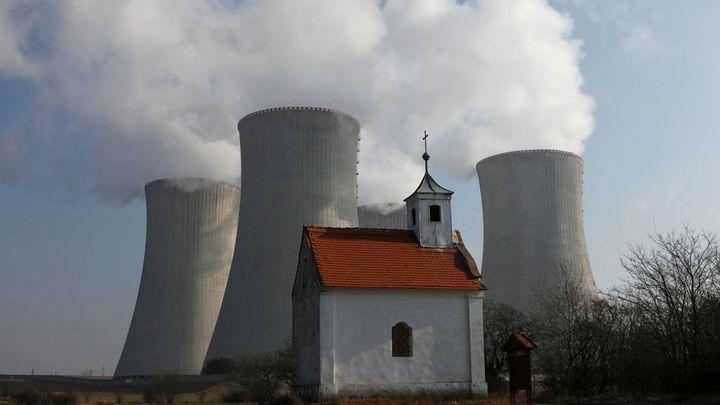 Dukovany sníží výkon reaktoru kvůli netěsnosti kanalizace