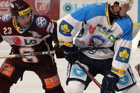 Russia's gas-powered KHL hockey league looks at Prague