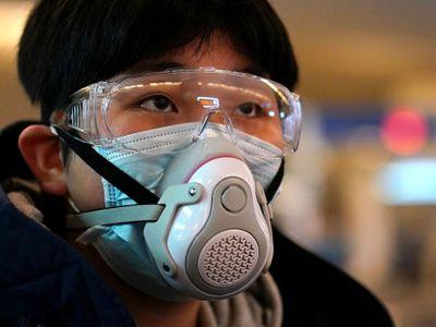 Americké tajné služby dostaly první zprávu o koronaviru už loni v listopadu