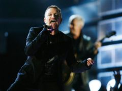Bono na Grammy Awards v Los Angeles