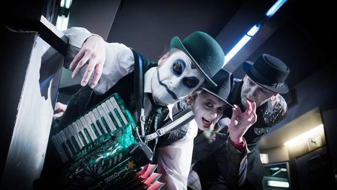 The Tiger Lillies.