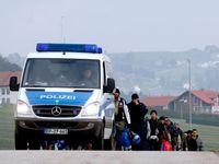 Nová trasa pro pašeráky uprchlíků vede přes Česko, varuje policie v Pasově. Češi to popírají