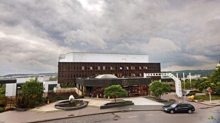 Nemocnice Na Homolce vydala nehospodárně přes tři miliardy