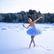 """""""Volám o pomoc."""" Video špičkové baletky na zamrzlém zálivu je celosvětovým hitem"""