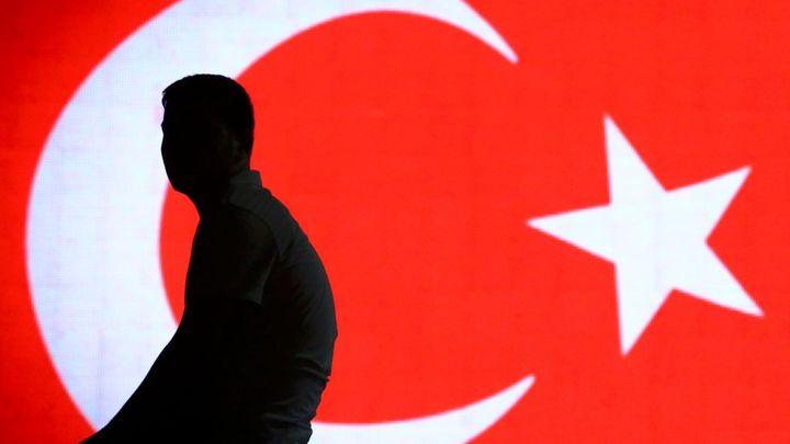 Čistky po pokusu o puč v Turecku neberou konce. O místo přišlo dalších 227 soudců a prokurátorů