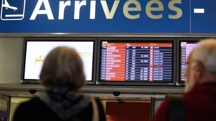 Stávka francouzských dispečerů zrušila lety i v Praze