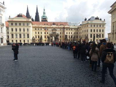 Architektka: Pražský hrad se stal obrovským uzavřeným špuntem. Nemá patřit jednomu člověku, ale všem
