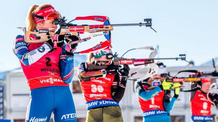 Živě: Biatlonistky na MS běží vytrvalostní závod, přidá Koukalová další medaili?