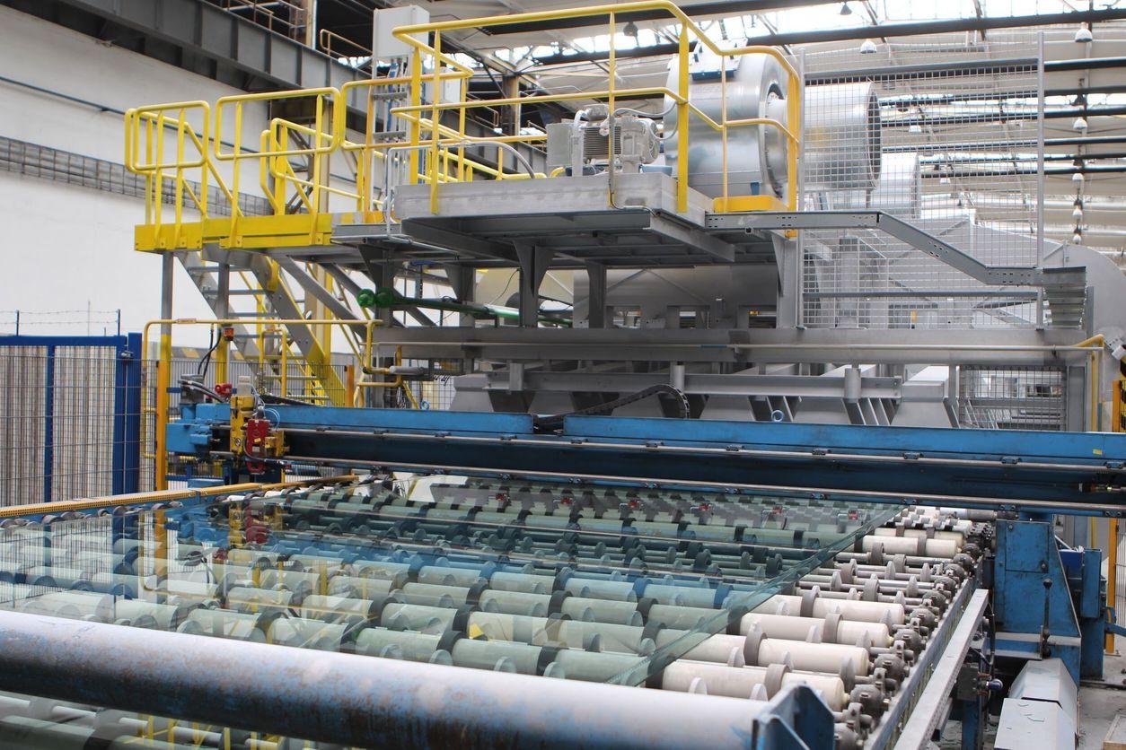Linka na výrobu skla AGC Teplice - Aktuálně.cz 15e832ca1a4