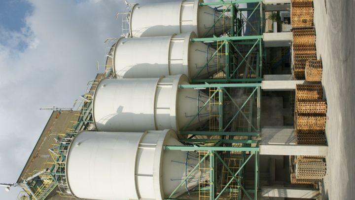 Úřady v USA schválily vznik cementářského gigantu