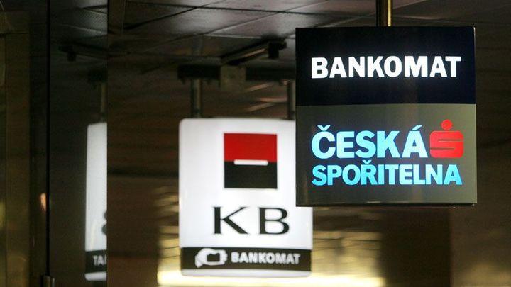 Komerční bance vzrostl čistý zisk na 9,7 miliardy korun
