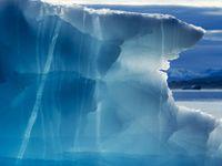 Vědci našli v Grónsku nejstarší důkaz života na Zemi. Vyvíjel se mnohem rychleji než se myslelo
