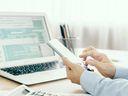Daňové změny pro zaměstnance i OSVČ. Spočítali jsme, kolik zaplatíte podle plánů nové vlády