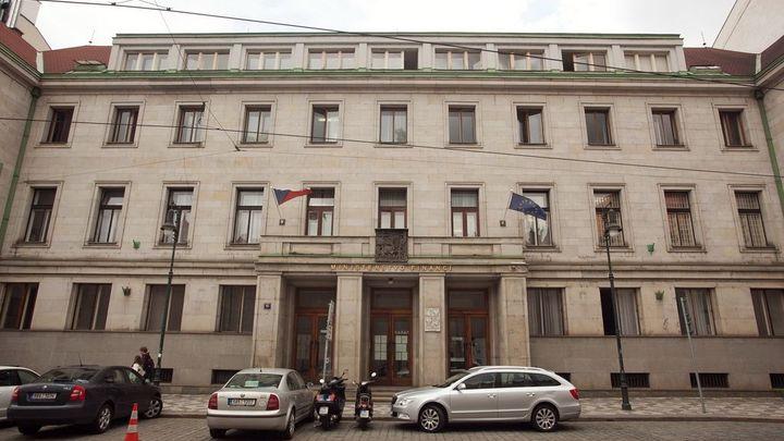 Babiš prověří, zda registr úředních budov není předražený