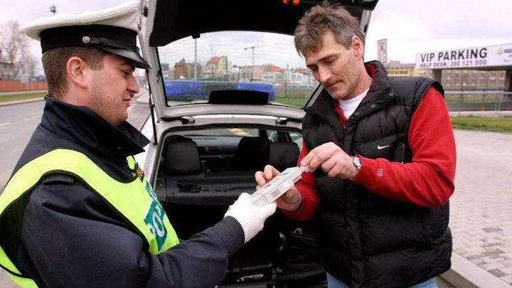 Policisté uzavřeli Jižní spojku, rozdali stovky pokut