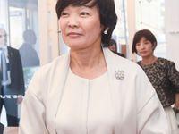 Manželka japonského premiéra před Trumpem předstírala, že nemluví anglicky. A internet jí fandí