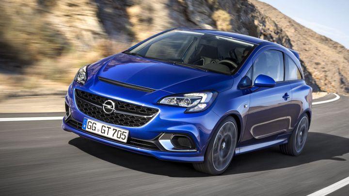 Další prodejní čtyřiadvacetihodinovka Opelu. Loni byl rekord