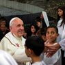 Papež František v uprchlickém táboře na Západním břehu Jordánu.