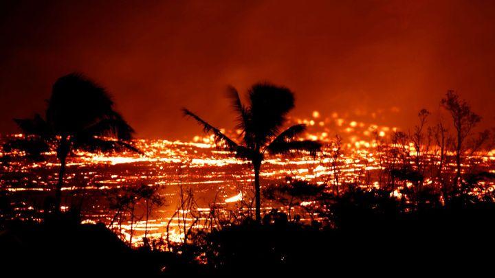 Láva na Havaji zablokovala dálnici, erupce sopky Kilauea už zranila jednoho muže