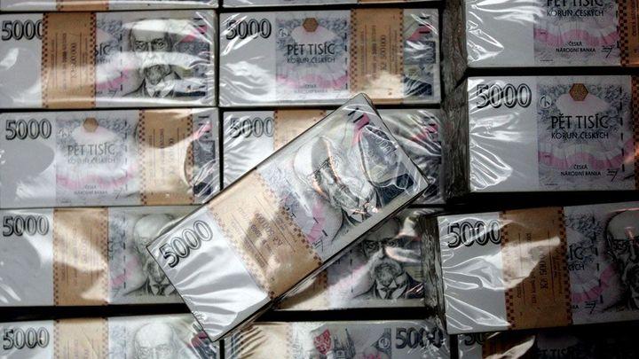 Rekordní přebytek rozpočtu je pryč, hlásí ministerstvo