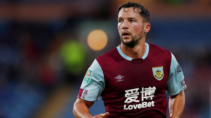 Danny Drinkwater v dresu Burnley