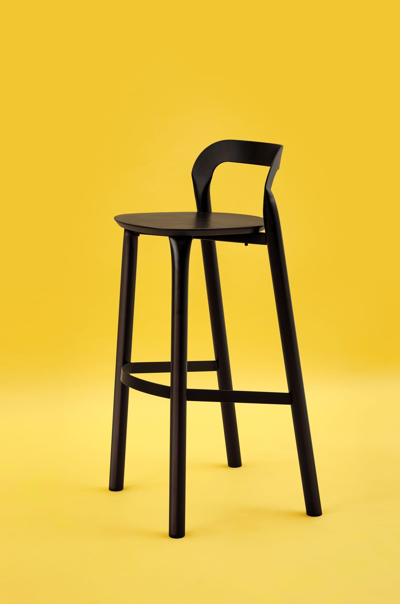 Adam Štok: Nyiny Chairs