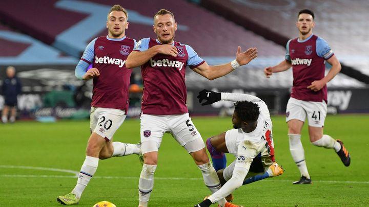 Crystal Palace - West Ham. V základu Kladivářů opět nechybí ani Souček s Coufalem