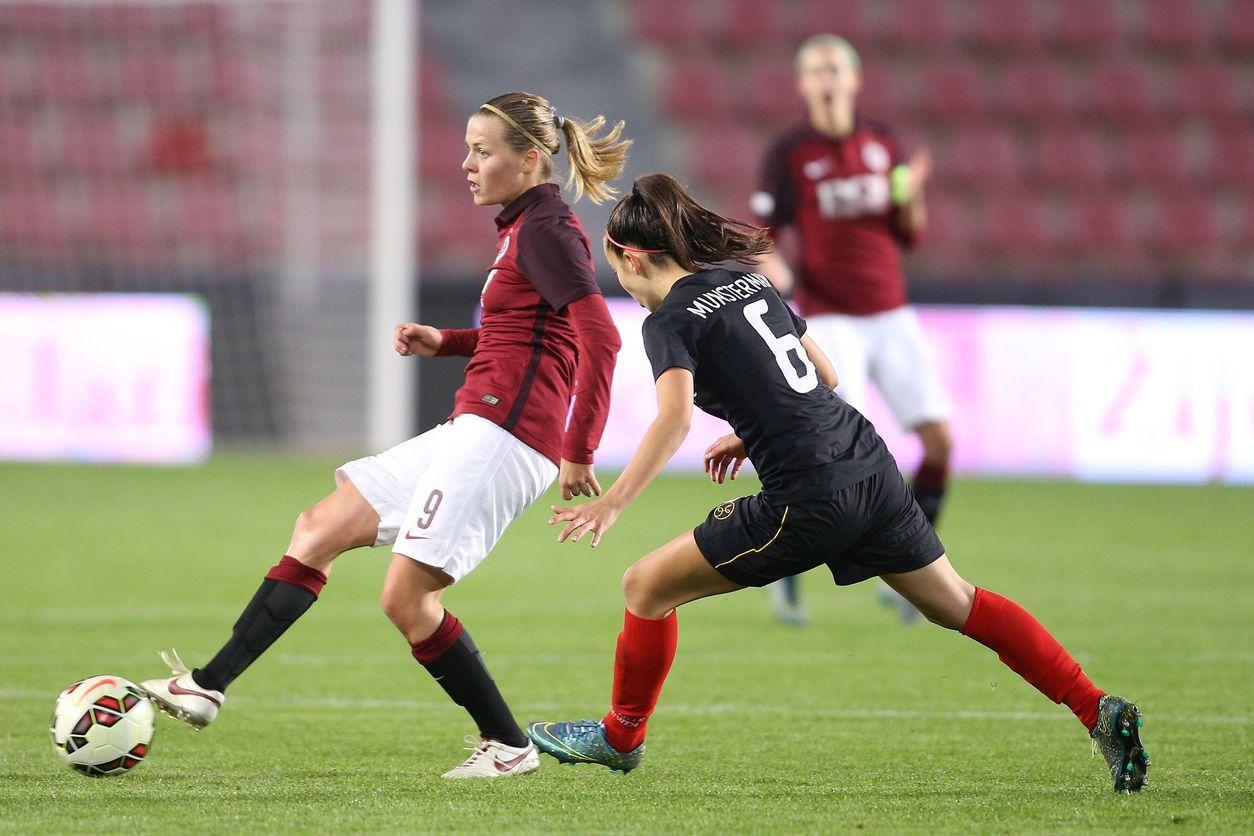 Výsledek obrázku pro ženský fotbal