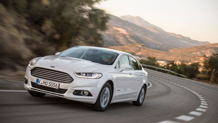 Šance pro hybridní auta. Ford přichází s vlajkovou lodí