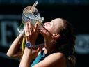 Neutavitelná Kvitová zvládla proti Rybárikové obrat a v Birminghamu slaví 25. titul kariéry