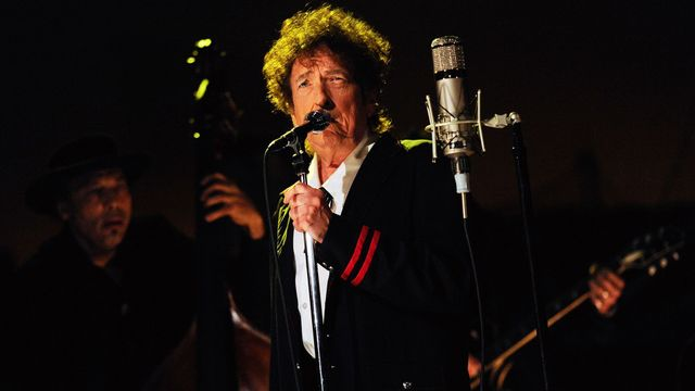 Bob Dylan v talkshow Davida Lettermana zazpíval sinatrovku The Night We Called It a Day.