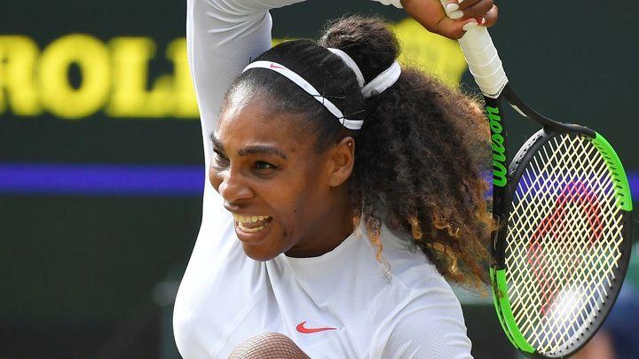 Po porodu si sotva došla pro poštu. Deset měsíců poté je Serena blízko přepsání tenisové historie