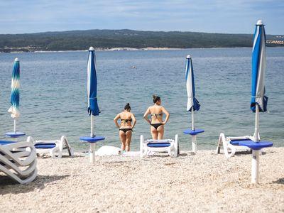 Projeli jsme poloprázdné pláže chorvatské Istrie. Kam jet a čemu se vyhnout? Poradíme