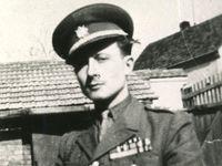 Život samopalníka Raichla na unikátních fotografiích: Mukl z gulagu, který bojoval proti komunismu